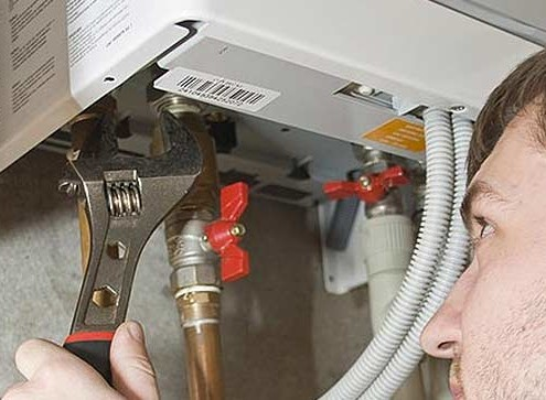 who fixes tankless water heaters
